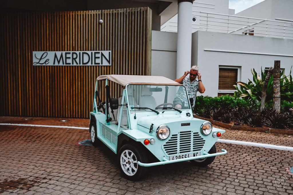 Get around in Noumea with an Electric Car, New-Caledonia