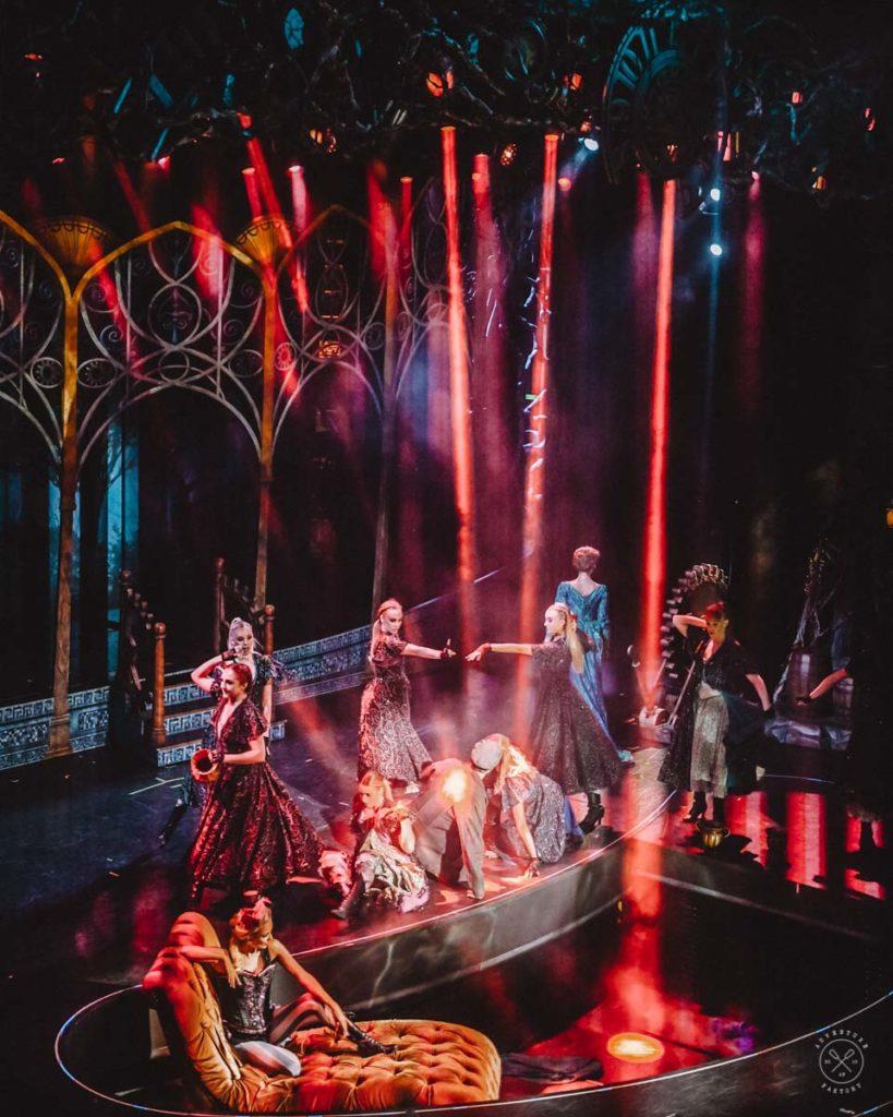 Royal Caribbean Show Review