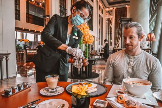 Breakfast Deals in Singapore: La Brasserie at The Fullerton Bay Hotel