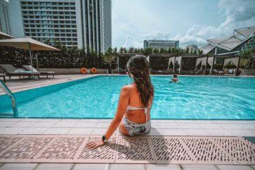 Conrad Singapore Pool